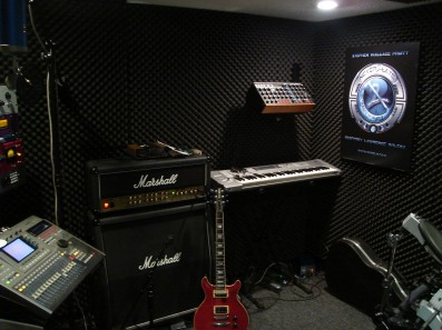 Gambar-gambar Studio Musik